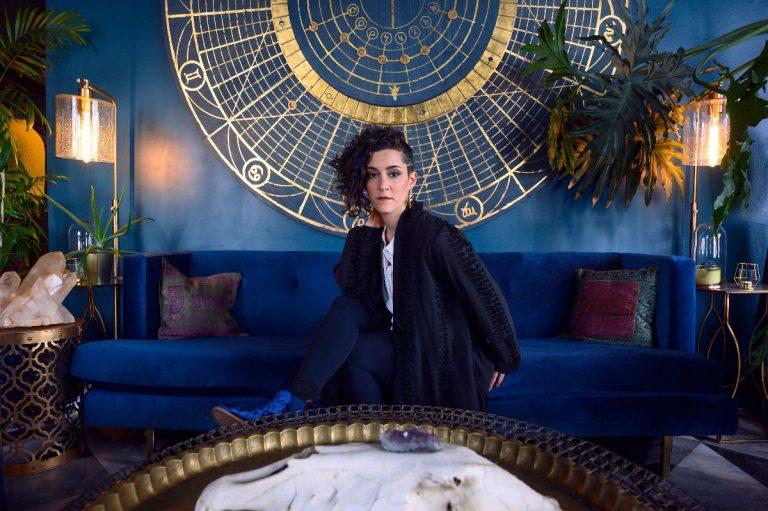 "Iris Lune Shares ""Midas"" Single, Debut LP 'lovelosslove' Out 6/19"